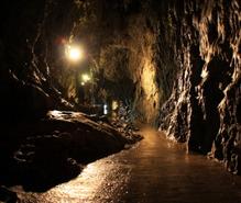 洞窟探検の趣味