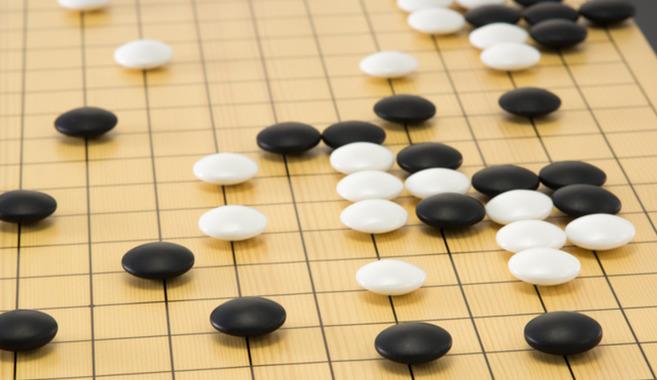 頭をフル回転させて楽しむ囲碁